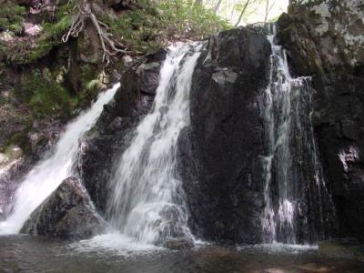 御堂新田の滝 - 夏